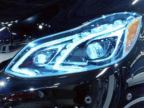 mercedes led headlights file 2014 mercedes e class led headlight jpg