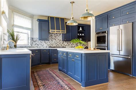 satin or semi gloss for kitchen cabinets kitchen cabinet paint semi gloss or satin kitchen