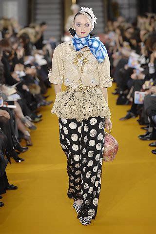 Christian Haute Couture 2008 Front Row by Christian Lacroix Parigi Summer 2008 Haute