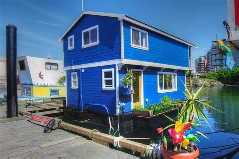 Floating Houses Fishermans Wharf Victoria Bc Float Homes For Sale