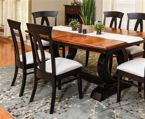 amish dining table chairs amish oak dining table jasen s