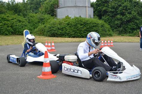 Kinder Motorrad Rennen by Kart Und Kinder Sternfahrer Mit Herz Magazin Von Auto De