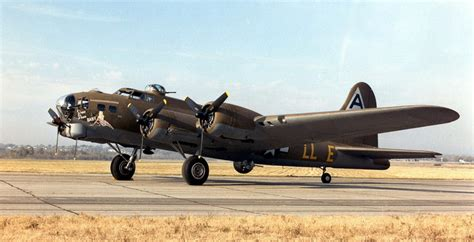 Shoo Dove Di 10 bombardieri della seconda guerra mondiale