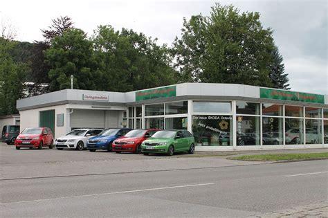 Auto Und Service Weilheim by Autohaus Berghofer In Pei 223 Enberg Ihr Skoda Service
