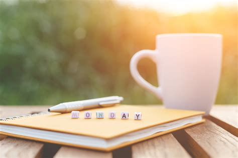 7 Ways To Survive A Monday 2 by 7 Ways To Spend A Sunday For A Better Monday