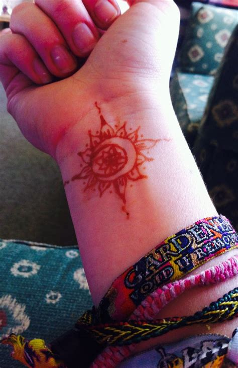 henna tattoo sun sun and moon henna wrist