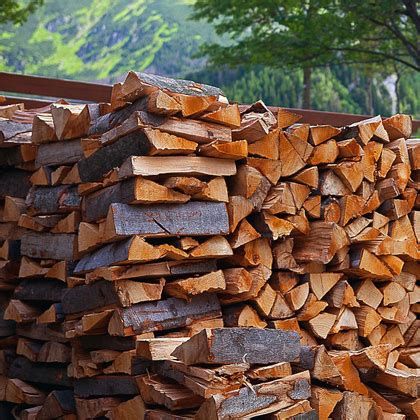 is it safe to burn pine logs in a fireplace fireplaces