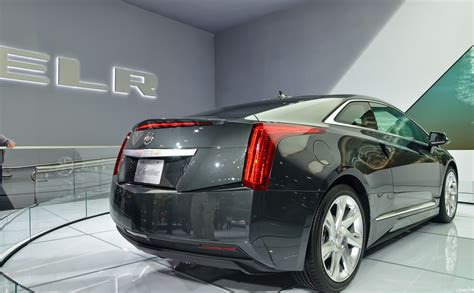 cadillac elr commercial actor 2014 cadillac elr price specs release date 2017 2018
