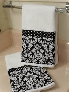 black and white bath towel black damask bath towels set of 2 by headtotoe2009 on