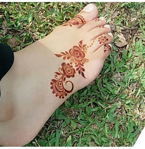 henna tattoo designs for feet and legs 25 best ideas about foot henna on henna