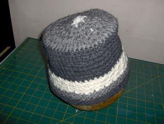 birdies crochet  craft gray white bucket hat