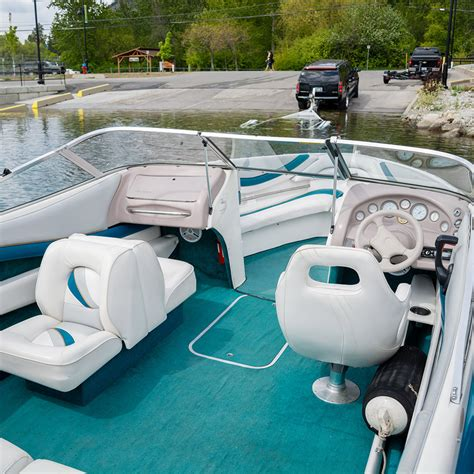 larson boats careers mach boats inboard boats for sale find a cabin cruiser