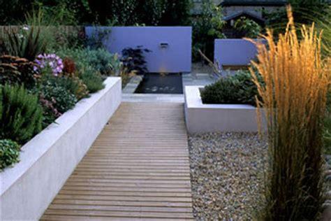 afscheiding tuinen maken tuin afscheiding strakke vaste plantenbak