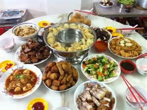 tisch essen cny table of food