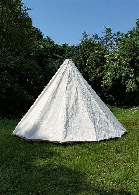tenda medievale tenda medievale con palo centrale disponibile la