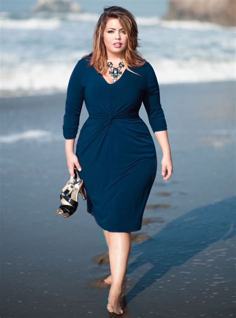 pictures of full figured women jimivega s review a subtle approach to fashion