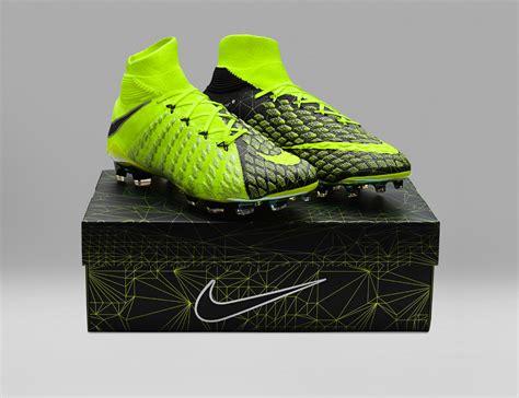 Sepatu Soccer Nike Hypervenom Phantom Iii Volt Ea Sports nike hypervenom ea sports fifa 18 boots revealed footy