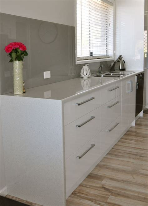waterfall stone bench tops waterfall edge with a laminate bench top can be a more cost effective option to