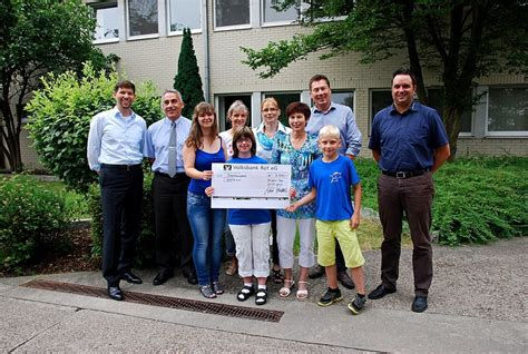 St Emzo Kid Gmb spenden 252 bergabe bei der firma ks gleitlager gmbh in st