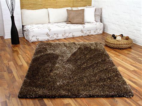 wohnzimmer fliesen grau - Groã E Teppiche Kaufen