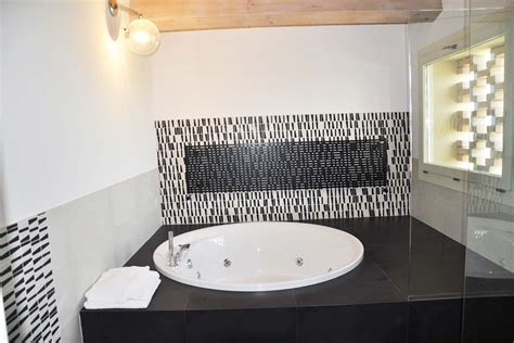 suite vasca idromassaggio pacchetto suite con maxi trere
