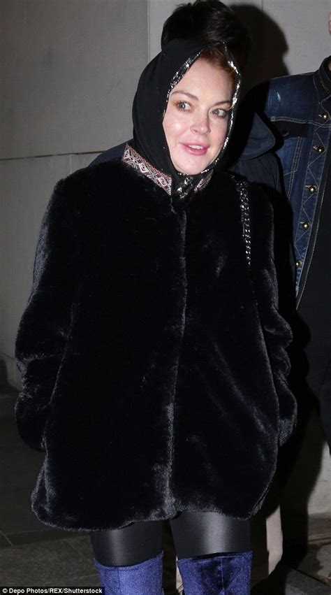Lindsay Lohan Wears A Scarf by Lindsay Lohan Sports Conservative Headscarf In Turkey