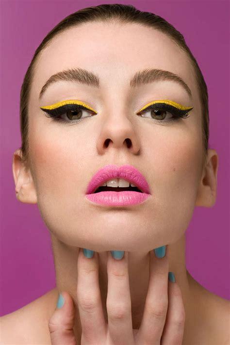pop of color makeup 7 daring ways to rock the cat eye look makeup