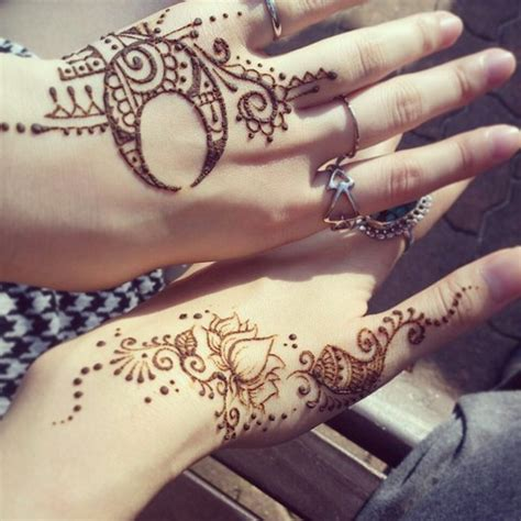 moon henna designs