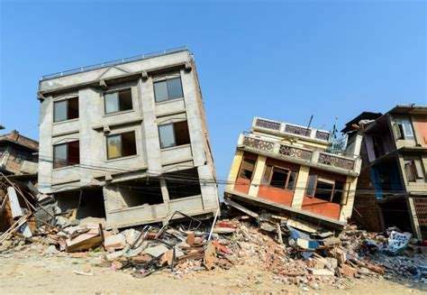 earthquake house invisibility cloaks for buildings could protect them