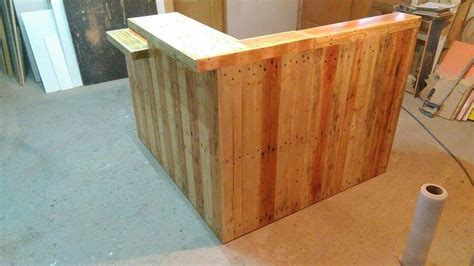 Diy Reception Desk Pallet Office Desk Reception Desk
