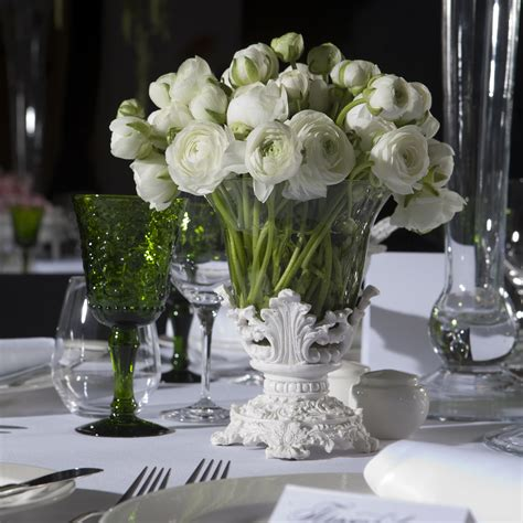 simple elegant wedding table decorations