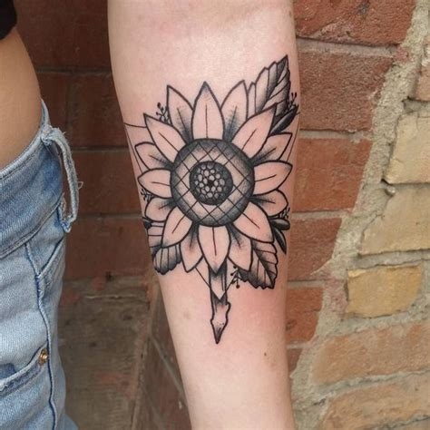 black and white sunflower tattoo designs black and white sunflower tattoos www imgkid the