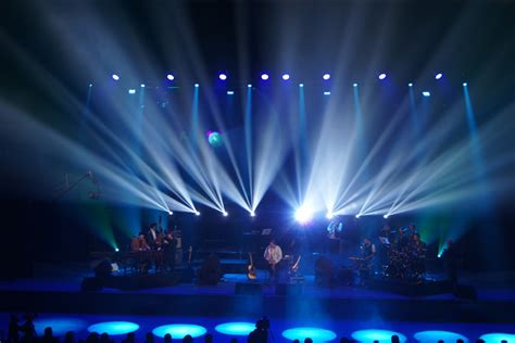 How To Design Home Lighting clay paky valy boghean band live in concert