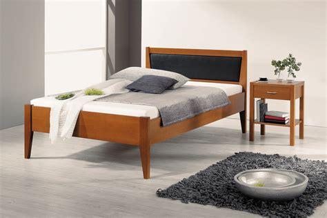 futonbett 140x200 günstig kaufen wohnzimmertische rund