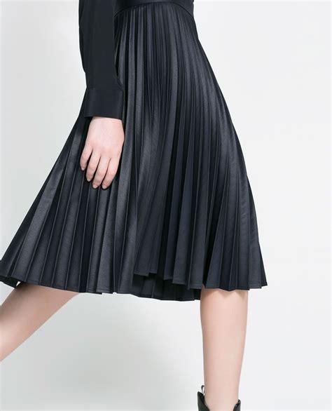 coated pleated skirt skirts zara canada
