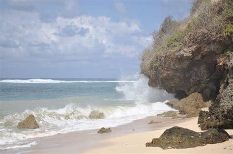 pantai gunung payung semenanjung nusa dua indonesia