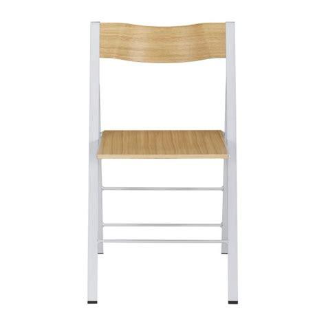 chaise pliante habitat lulu chaises pliantes et d appoint naturel bois m 233 tal