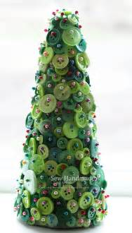 button craft holiday tree buttons pinterest