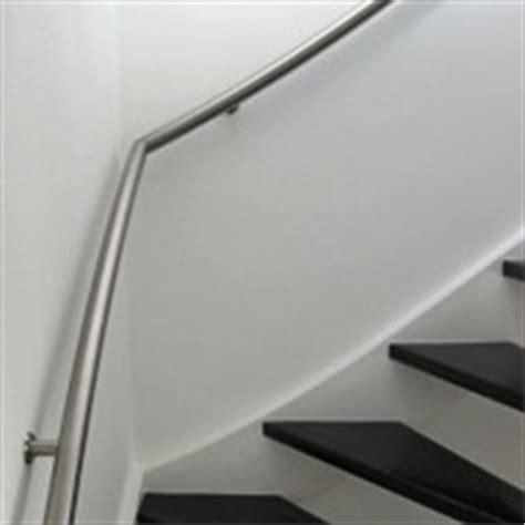 trapleuning steunen karwei gebogen trapleuning aanbieding informatie voorbeelden