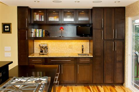 cardell kitchen cabinets cardell cabinetry parr cabinet seattle wa