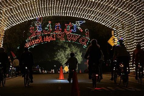 14th Annual Holiday Light Festival La Times Griffith Park Lights