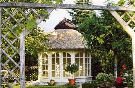 pavillon reetdach referenzen k 246 tter pavillon die gartenpavillon
