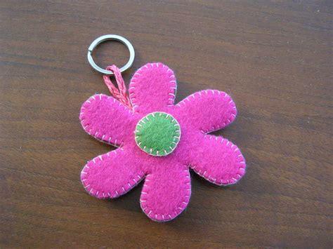 fiore feltro portachiavi fiore in feltro donna accessori di le