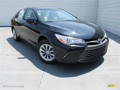 Toyota Camry Cosmic Gray Mica 2015 Cosmic Gray Mica Toyota Camry Le 106590722 Photo 2