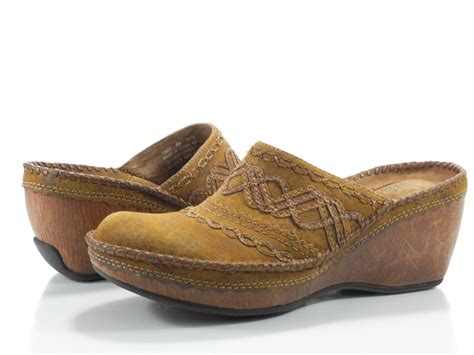 clarks artisan 6 m womens shoes brown wedge clogs stitch