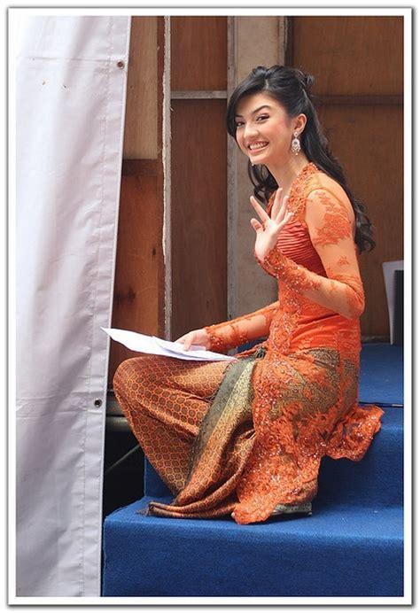Dress Batik Raline best 25 kebaya modern dress ideas on model