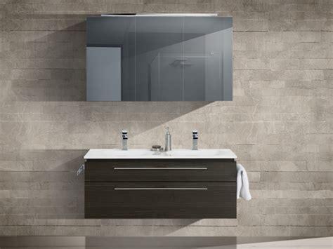 spiegelschrank design design badezimmerm 246 bel set mit mineralgusswaschtisch und