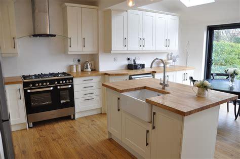 Pro Kitchen Cabinets by Bella Shaker Alabaster Kitchen With Solid Oak Worktops