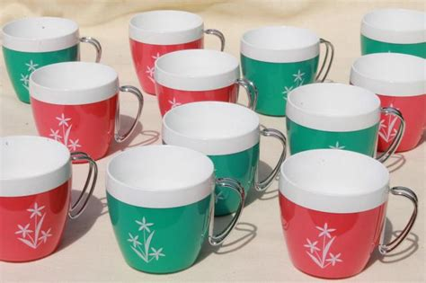 Vintage Kitchen Collectibles vintage thermo serv thermoware insulated plastic mugs