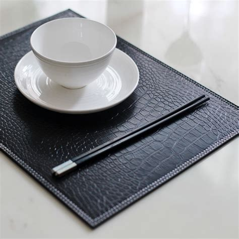 Dining Table Placemats 31 41cm 4pcs Lot Crocodile Black Reversible Faux Leather Placemat Dining Table Decoration Plate